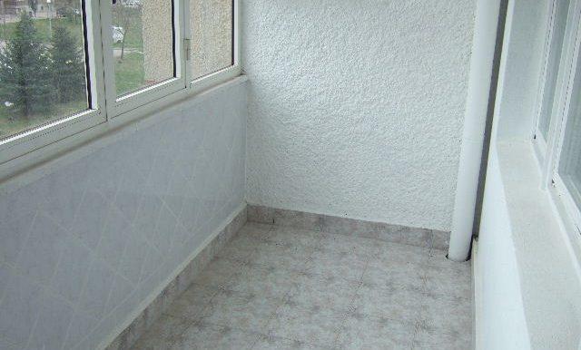 2007_0329Dobrichflat0017
