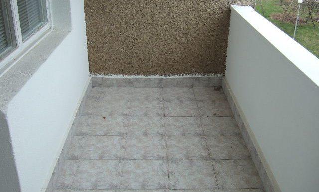 2007_0329Dobrichflat0026