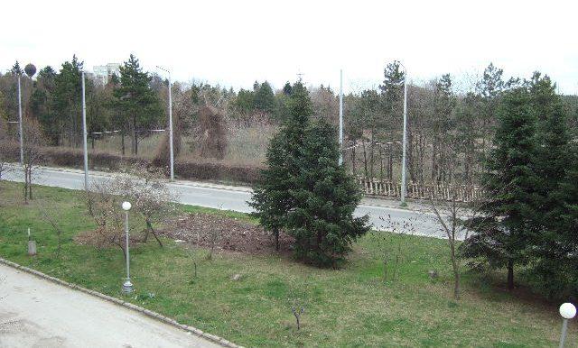 2007_0329Dobrichflat0030